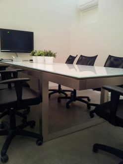 בסיס שולחן נירוסטה